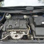 エンジンは1.6L 4気筒DOHC。307スタイルも同じエンジンを使っている。実用型のエンジンなのですごくスポーティではないが、回すとそれなりに楽しい