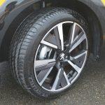 タイヤサイズはGTラインのみ205/45R17。アリュール、スタイルは195/55R16となる