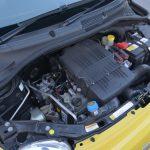 現行パンダのFIREエンジン(60ps/5000rpm、10.4kgm/2500rpm)をベースに、圧縮比を9.8から11.1にアップ。69ps/5500rpm、10.4kgm/3000rpmで、やや高回転型のエンジンになっている