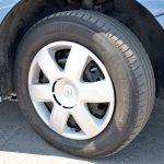 タイヤサイズは195/65R15